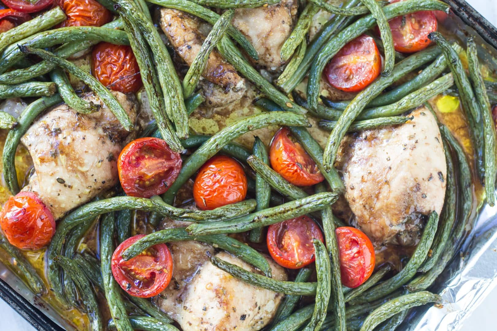 Overhead shot of low FODMAP Italian chicken and veggies