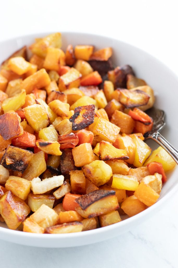 A pan full of low FODAMP roasted root veggies