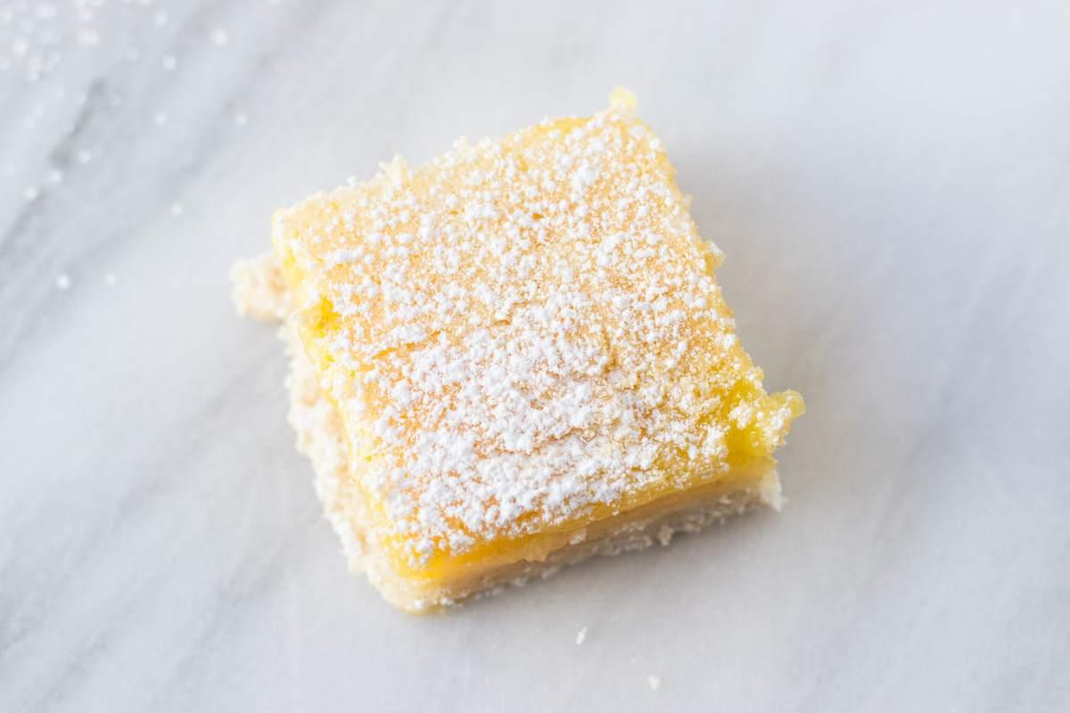 Low FODMAP Lemon Bar